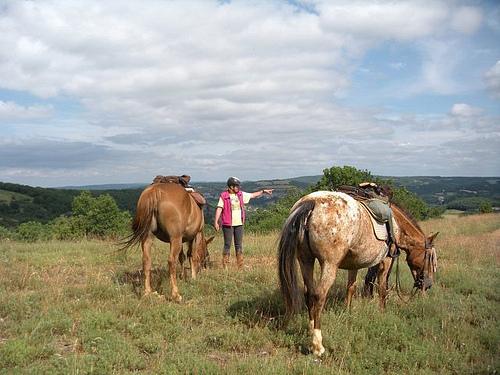 Domaine des Garennes trail ride in La Dordogne, France