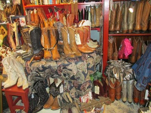 cowboy boots, tollen farm, oregon