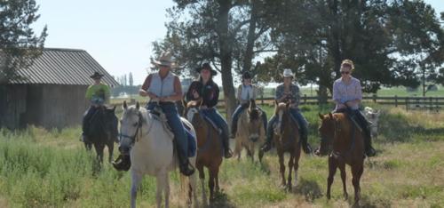 long hollow ranch, sisters, oregon, horseback riding, dude ranch, central oregon