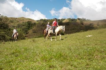 Take a horseback riding vacation at Rancho Caldera Inn