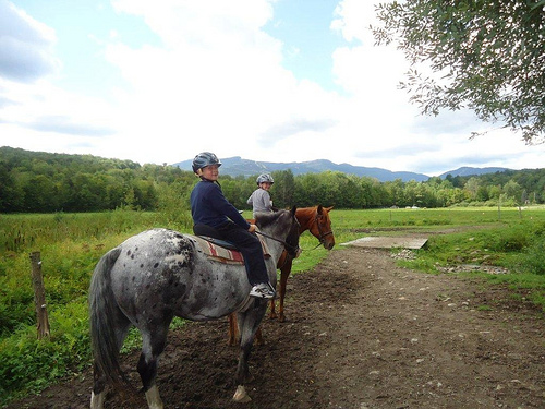 Kids on a horseback riding vacation with Top Notch Resort in Stowe, VT