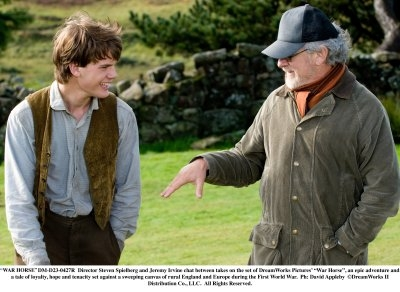 Equestrian says characters in War Horse are underdeveloped. Here Director Steven Spielberg talks with Jeremy Irvine who plays Albert