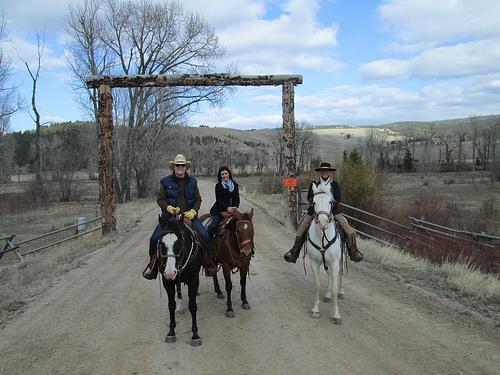 horseback riding vacation, ranch at rock creek, montana
