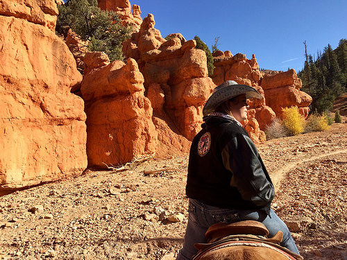 cherish moore, rubys horseback adventures, red canyon, utah, horse ride